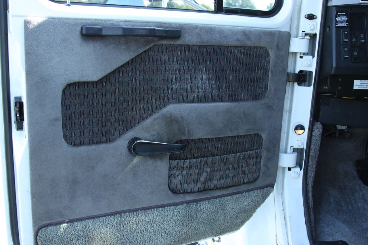 40 International 4700 Door Panels