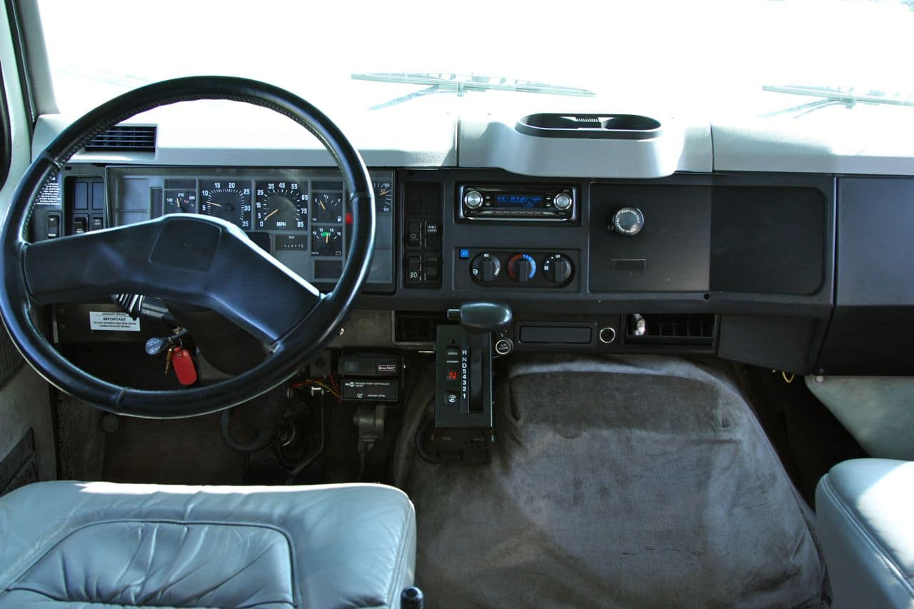 41 International 4700 Dash