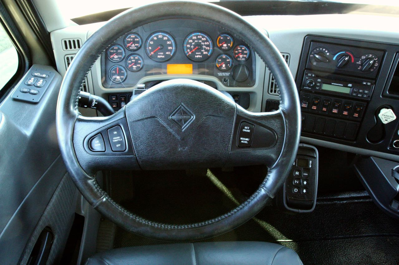 2008 4400 Crew Cab 37
