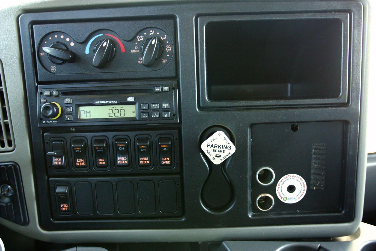 2008 4400 Crew Cab 41