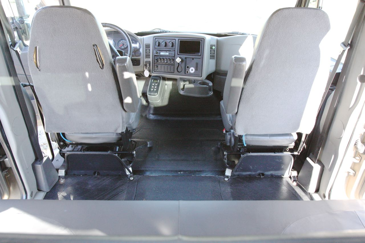 2008 4400 Crew Cab 52